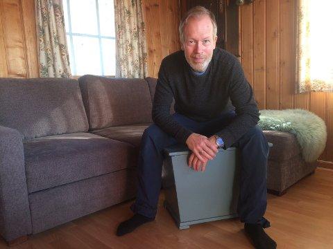 LOKAL STØTTE: Øyvind Selvik har fått 10 000 kroner i kommunal støtte til å gje ut sitt andre album. På nynorsk, og i samarbeid med lokale aktørar og unge artistar.