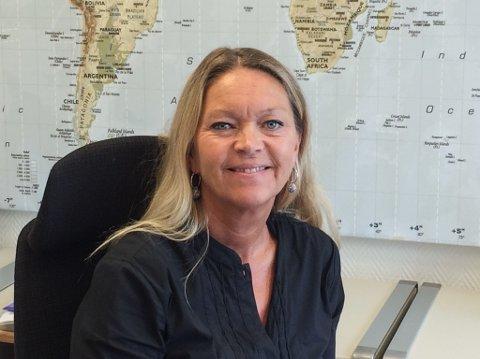ANNE OLINE F. GULLAKSEN: Du kjenner henne frå Travelnet Fjordane Reisebyrå, der ho sit klar for å hjelpe deg å nå reisemåla dine.