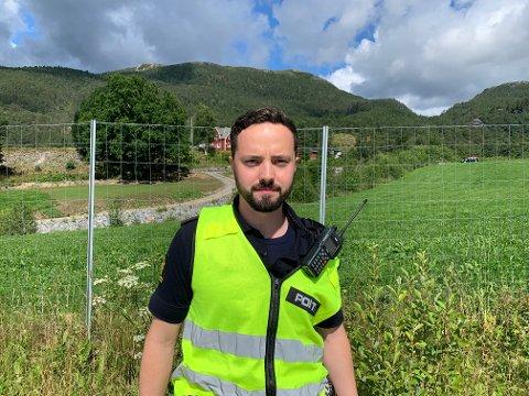 RYKTE UT: Alle naudetatane rykte ut då det kom melding om trafikkulykke ved Noreviktunnelen på E39. Leiar for politiet på staden var Ole Marius Larsen i Vest politidistrikt.