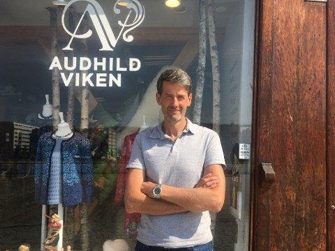LEIAR: Harald Viken er dagleg leiar for Audhild Viken AS, som har suvenirbutikkar fleire stadar i landet.