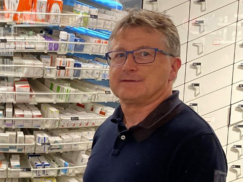NYTT APOTEK: Jostein Brudevoll skal opne eit nytt apotek på Dale senter.