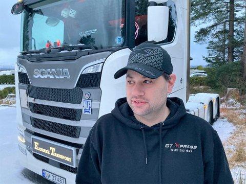 SNART EIGA VOGN: Om ei vekes tid vil Geir Thomas Øren for første gong vere eigar av si eiga trekkvogn. Med 730 hestekrefter og ein trekkapasitet på over 50 tonn, er det store krefter i sving.