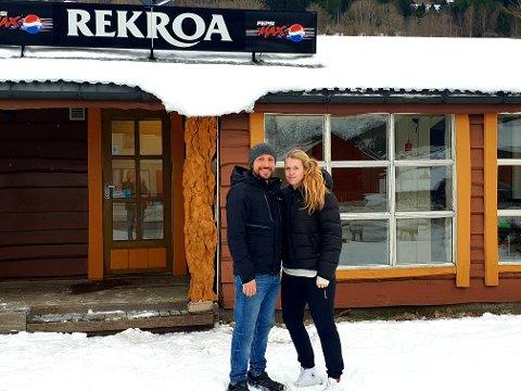 NY RESTAURANT HER: Hanne Raad Larsen og Oswaldo Toledano skal fylle dette bygget med ny restaurant, der dei skal servere ein kombinasjon av meksikansk og norsk mat.