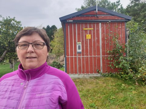 SEIER IFRÅ: Gunnvor Linde i Nessa grendelag håpar kommunen kan gi lik nettleigepris som i resten av Høyanger kommune.