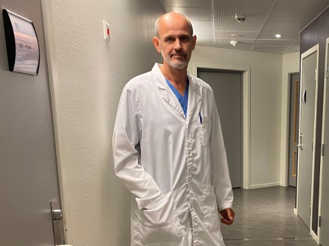 NY SMITTE: Tysdag fekk smittevernlege Leiv Erik Husabø melding om nye tilfelle av covid-19.