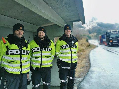 MANGE FARTSSYNDARAR: UP-patruljen fekk ein travel dag. F.v.: Inge Værøy, Øyvind Magnus Solheim og Torbjørn Sælen.