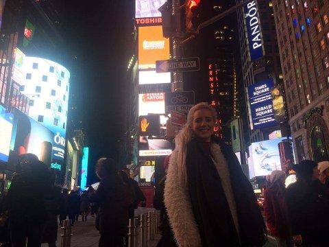 IKKE HVERDAGSKOST: Maria Sand i New York. (Foto: Privat)