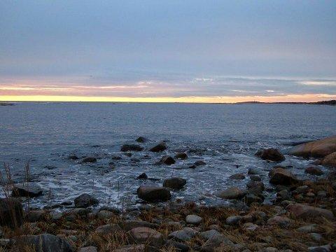 Storesand: Skydekket vil henge over Fredrikstad-distriktet denne uken. Skyene vil etterhvert gi en blanding av yr og regn.