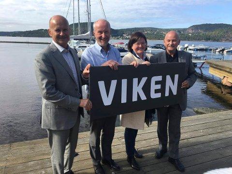 Ole Haabeth og de andre fylkesordførerne i Buskerud, Vestfold og Akershus under felles fylkesting på Holmsbu i fjor. Nå er hele Viken satt på politisk pause.