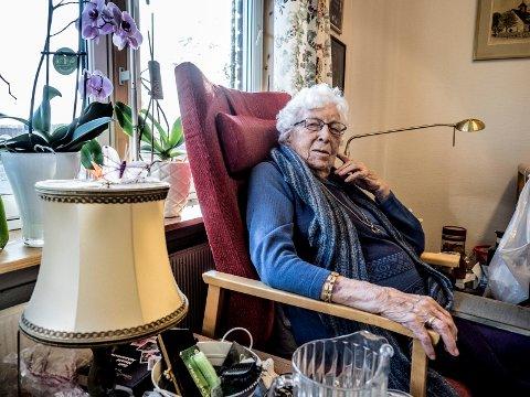 101 år gamle Aase Hansen har i mange år bodd på Fjeldberg sykehjem, men sitter med eierskapet på en svært sentral bygård i gågata; Nygaardsgaten 43.