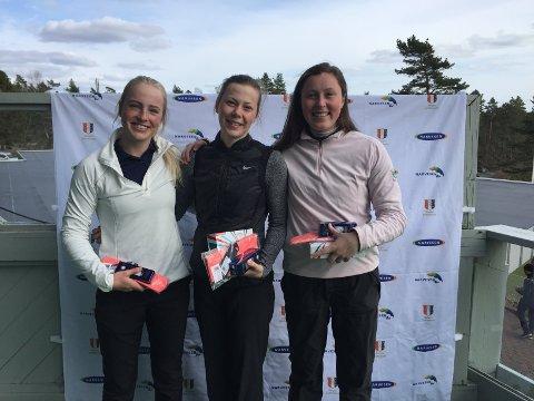 Vinner Josefine Hollung (midten) fra Huseby og Hankø med Alexandria Mudie fra Stavanger på andreplass og Karine Myrland fra Nøtterøy som ble nummer tre.