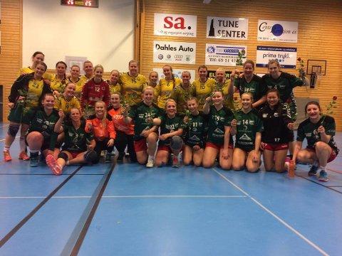 Både Tune og Lisleby rykket opp fra årets 5.divisjon. Etter kampen gratulerte Lisleby seriemester Tune med roser.