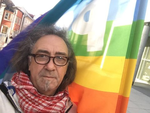 VIL MOBILISERE: Jan-Kåre Fjeld mener det ikke går an å sitte stille hvis Den nordiske motstandsbevegelsen inntar Fredrikstads gater.