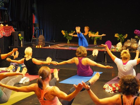 Egen festival: I august arrangeres yogafestival i Gamlebyen for andre gang. Bildet er fra fjorårets arrangement.