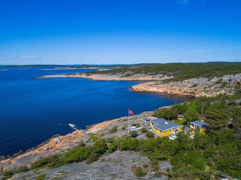 TIL SALGS: Denne hytta på Hankø liger ute for salg med en prislapp på 23 millioner kroner.