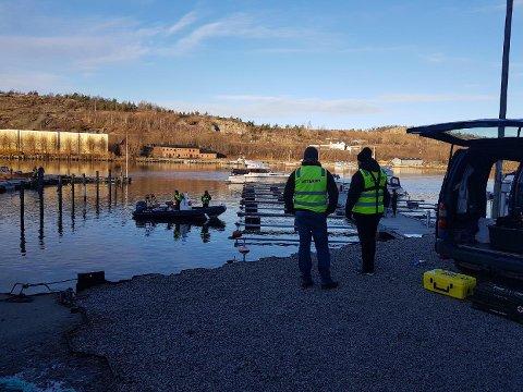 Fra lørdagens leteaksjon i Nabbetorp båthavn.