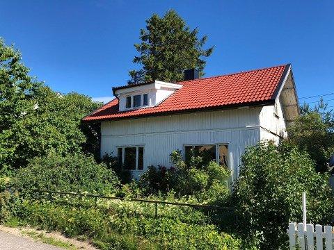 Boligen i Grensen 17 på Sogenfri ligger ute til én million kroner.