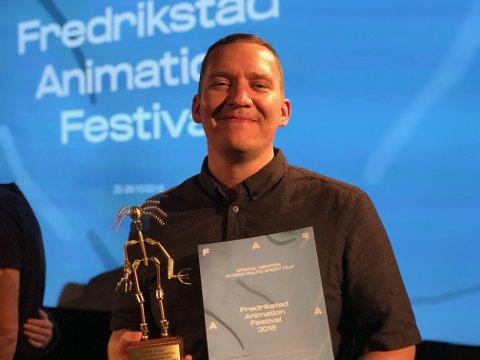 STILLER UT: Kristian Pedersen (38) fra Fredrikstad vant den gjeve Golden Gunnar-prisen under Fredrikstad Animation Festival i 2018. Denne høsten er han en del av Høstutstillingen i Oslo.