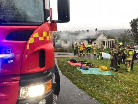 DØDSBRANN: En eldre kvinne omkom etter brannen på Årum forrige fredag.
