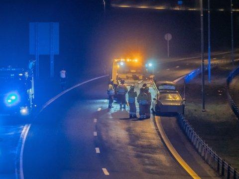 NATT TIL TORSDAG: Trafikkulykke ved Sollikrysset på E6