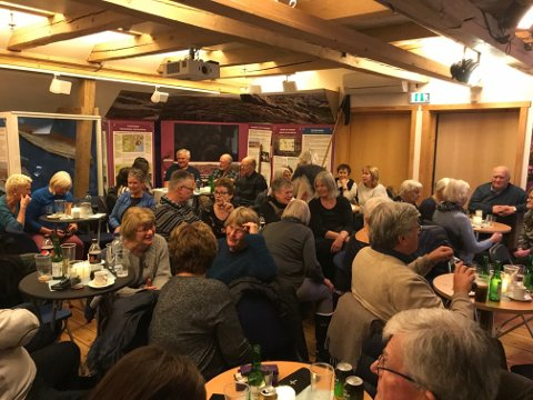 Fullt hus: Pål Nielsen og jazz- og bluesbandet Kind of Blue trakk fullt hus under kulturkvelden på Kornmagasinet på Skjærhalden sist torsdag.