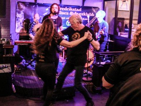 Dansen går på Fredrikstad Blues & Jazzklubb hver lørdag formiddag.