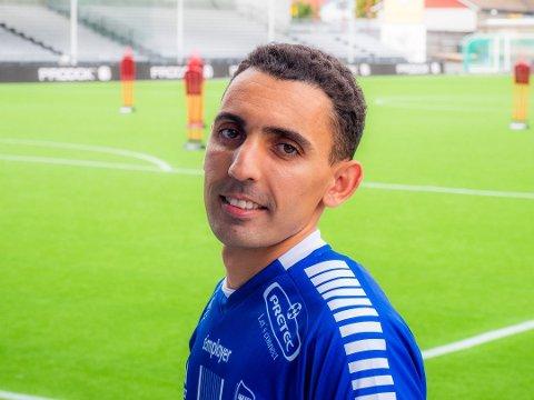 INGEN SUKSESS: Mustafa «Mos» Abdellaoue ble ingen suksess i Sarpsborg 08, ifølge Joacim Jonsson.