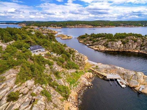 Denne hytta er den dyreste som ligger ute for salg i Østfold i midten av februar. 43 hytter ligger ute for salg i Østfold akkurat nå, men om kort tid starter høysesongen for hyttesalg.
