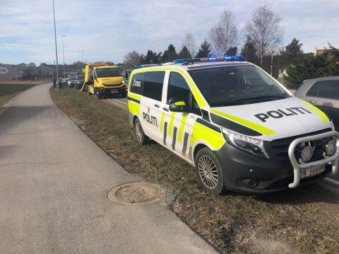 Politiet rykket ut til Rolvsøyveien torsdag morgen.