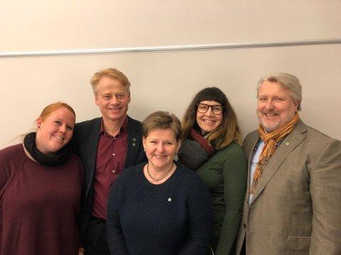 De fem på topp: Fra venstre: Anne Marthe Elvestad, Johan Edvard Grimstad, Gry Mossikhuset, Katrine Langgård og Erling Ek Iversen. (Foto: Råde Senterparti)