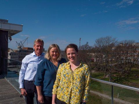 Fra venstre Trond Delbekk, Julie Sandvik og Lillann Just-Larsen i Værste AS tror unge over tid vil endre bomønster.