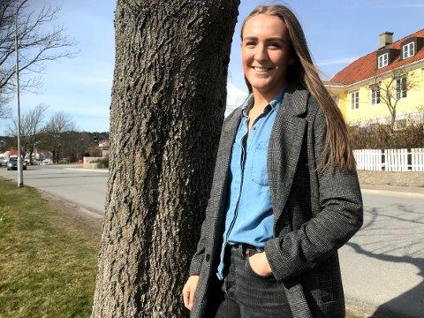 VALGTE Å BLI: Andrea Rønning gleder seg til å fortsette karrieren i FBK, men først skal hun gjennom en spennende avslutning på denne sesongen.