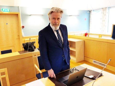 Audun Lillestølen representerte den 19 år gamle finansmannen som nå er dømt til å betale et millionbeløp etter å ha saksøkt av en tidligere venn.