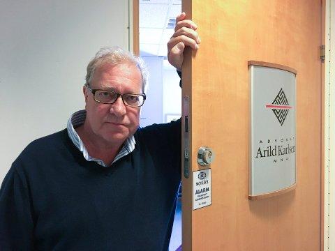 KRITISK: Advokat Arild Karlsen har vært svært kritisk også til politiets håndtering av varslersaken. Nylig ble klientenes klage på henleggelsen oversendt statsadvokatene i Oslo for vurdering.