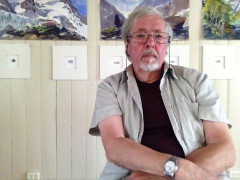 Akvarellmaler Svein R. Karlsen fyller 80 år på lørdag.