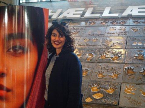 Film ble bok: Iram Haqs film «Hva vil folk si» er nå blitt til bok i spann med Hilde Hagerup.