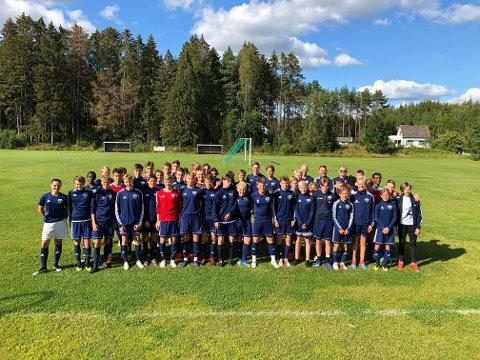 KLARE FOR DANA: Råde IL er tradisjonen tro klare for Danac Cup. Her med G15, G16 og G19. Foto: Knut Erik Berg