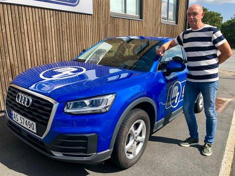 HÅPER PÅ AVKLARING: Faglig leder Knut Ole Mørk i Mørk Trafikkskole etterlyser undervisningsplan for førerkort for mopedbil.