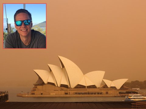 PREGET AV SKOGBRANNENE: Fredrikstad-mannen Bjørn Jacobsen (innfelt) kan vanligvis se det berømte operashuset i Sydney fra kontoret sitt, men de siste ukene har røyken fra mange skogbranner ligget tett over millionbyen på Australias østkyst.