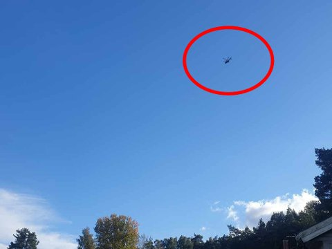 Politihelikopteret fløy mandag ettermiddag over Holtevarden på Kråkerøy.
