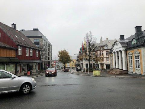 SENTRUM: Det var her i Torggata i Moss sentrum mannen ble stoppet og avslørt for en rekke lovbrudd.