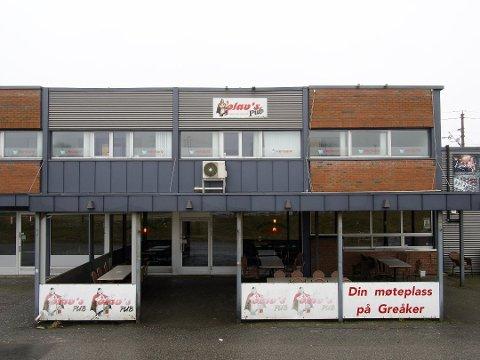 STENGT: Olavs pub på Greåker har stengt dørene inntil videre.