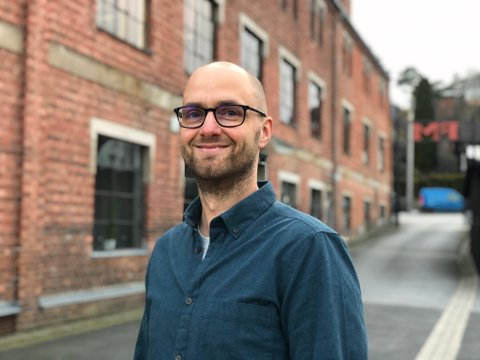 VENDER HJEM: Fredrikstadmannen Thomas Wold Johansen skal lede teknologiutviklingen i Dignio.  Helsetech-selskapet har sitt utspring i hjembyen, men vokser seg stadig større.