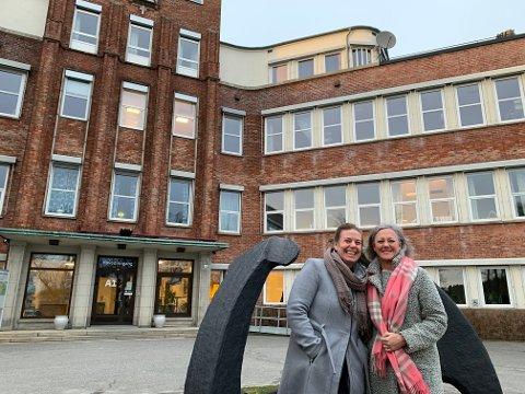FORSKER: Camilla Gjellebæk (t.v.) og Vigdis Abrahamsen Grøndahl vil ha flere kvinner til å ta høyere utdanning.