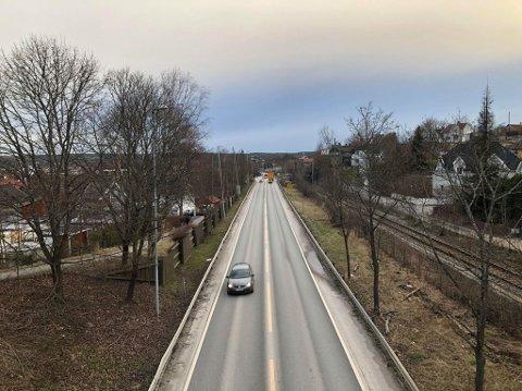 NESTEN IKKE BILER: Det har vært en svært stille og rolig morgen i hele distriktet. På innfartsåra var det knapt biler i det som vanligvis er morgenrushet.