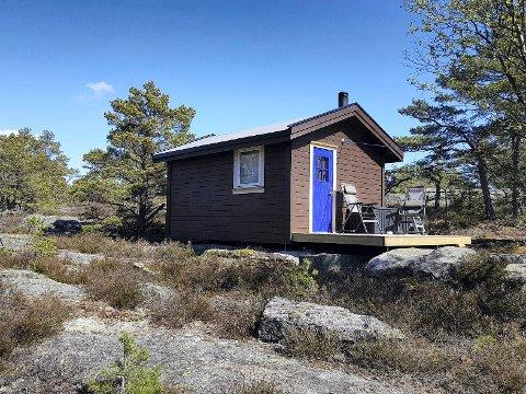 PÅ BEFARING HIT: Nå skal kommunens bygnings- og reguleringsavdeling til Valhall i Onsøy for å se nærmere på bygget og plasseringen. Konklusjonen er ikke klar.  (Foto: Privat)
