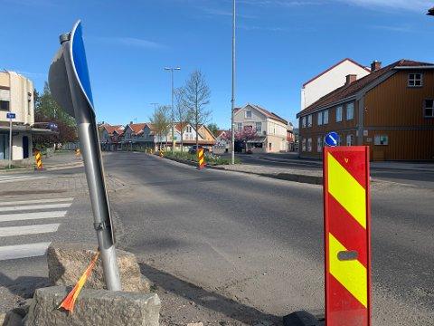 OPPGRADERES: I Farmanns gate har de allerede startet oppgraderingsarbeidene. Ni andre strekninger i kommunen skal gjennom det samme i løpet av året.