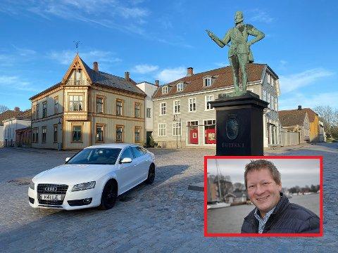 Mange legger merke til Espen Munchs Finn-annonser. Denne gangen er det bilen med «Hællæ»-skilter som skal selges.