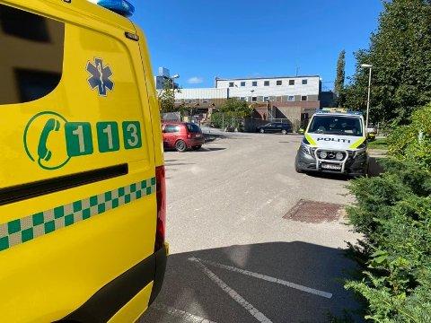Både politi, ambulanse og luftambulanse rykket ut til arbeidsulykken på det gamle sykehuset på Cicignon i august. Nå har Arbeidstilsynet konkludert i saken.