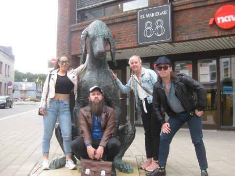 Cathrine Stagre, Robin A. Olsen, May Therese K. Andersen og Jens Nielsen har vært podkastturister i Sarpsborg.